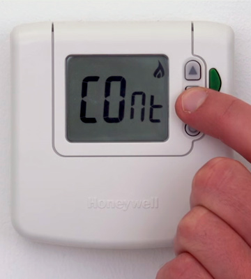 Review of Honeywell DT90E1012 Digital Room Thermostat