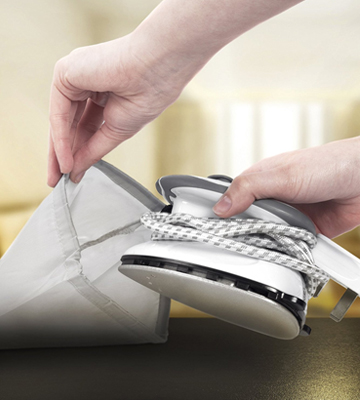 Review of Duronic Si2 Travel Steam Iron with Brush and Pouch