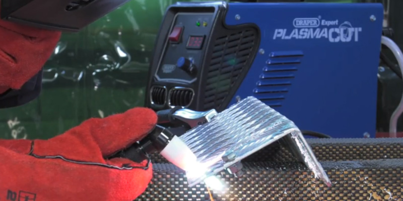 Draper Expert IPC40 78636 Plasma Cutter in the use