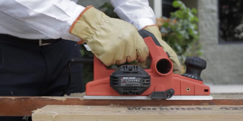 Review of BLACK+DECKER KW750K-GB High Performance Rebating Planer, 750 W