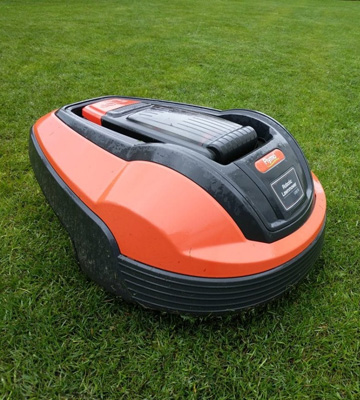 Review of Flymo 1200R Lithium-Ion Robotic Lawnmower