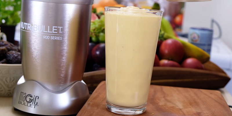 Nutribullet 900W Blender in the use