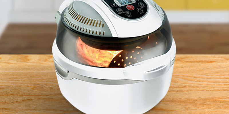 VisiCook CRFG-5W AirChef Air Fryer, 1300 W, White in the use