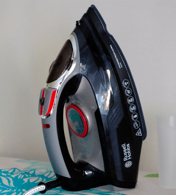Review of Russell Hobbs 20630 Powersteam Ultra Vertical Steam Iron