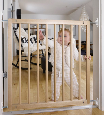 Review of BabyDan 52312-2400-10-75 Beechwood Safety Gate