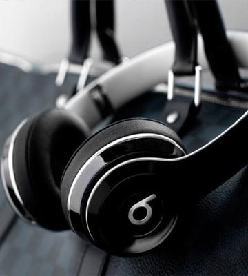 Review of Beats ML9E2ZM/A On-Ear Headphones