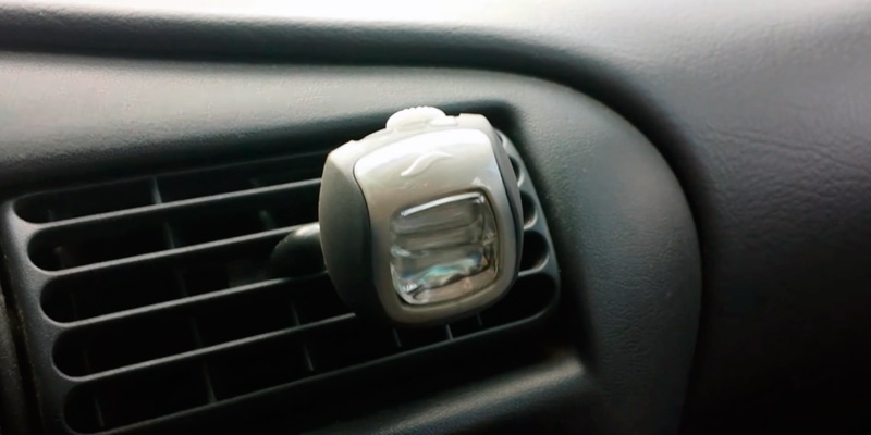 Review of Febreze Cotton Fresh Car Air Freshener