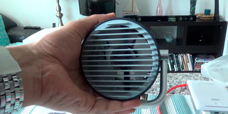 Review of Fancii Small Personal USB Fan