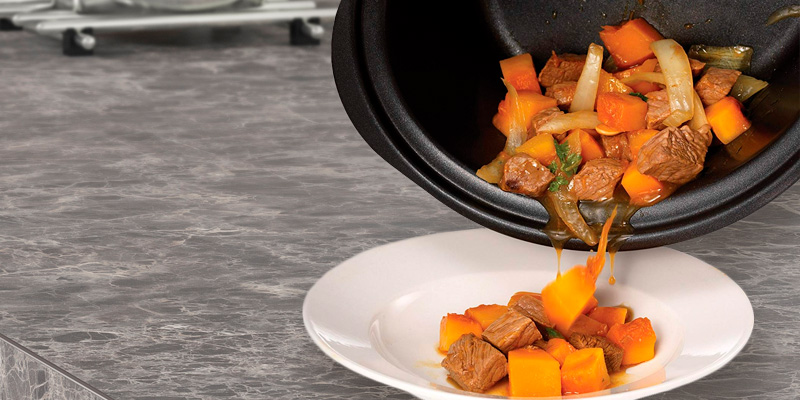 Morphy Richards 460012 3.5L Slow Cooker Sear and Stew in the use