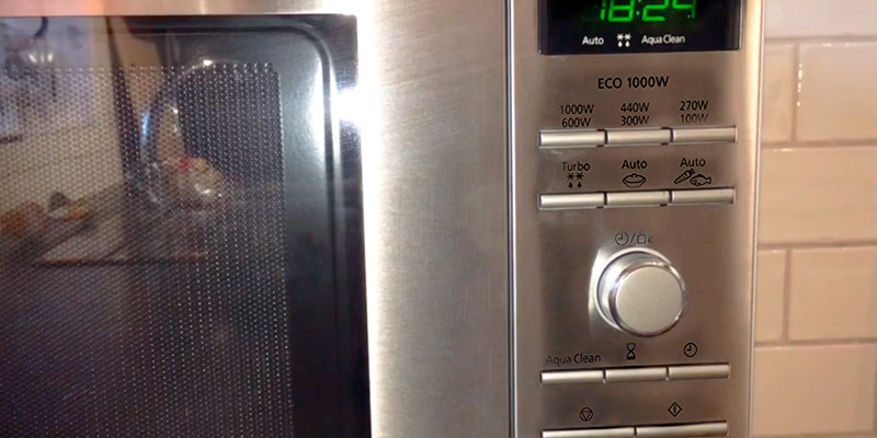 Panasonic NN-SD27HSBPQ Solo Inverter Microwave Oven in the use