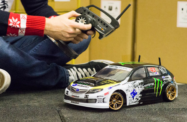 Best Remote Control Cars for Young and Adult Racers