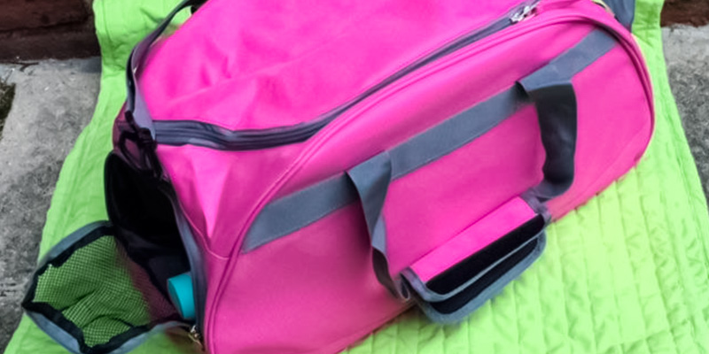 Review of MIER Sports Holdall Gym Bag