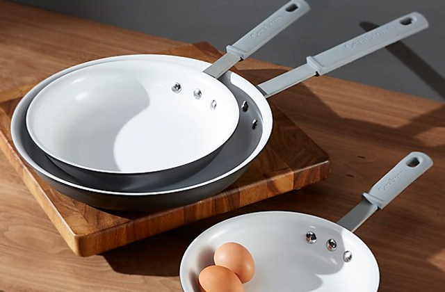 Best Ceramic Pans to Cook Like a Chef