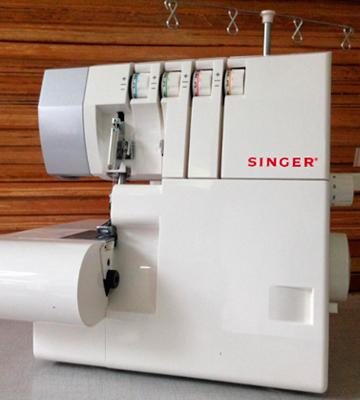 Review of SINGER 14SH754 Overlock Sewing Machine