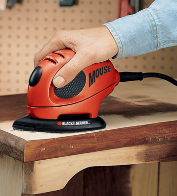 Review of Black & Decker KA161BC Mouse Detail Sander with Accessories