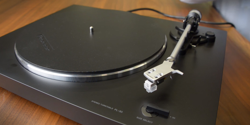 Pioneer PL-30-K Fully Automatic Vinyl Turntable in the use