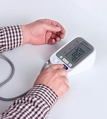 Review of Omron M3 Comfort Upper Arm Blood Pressure Monitor