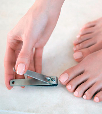 Review of Tweezerman 5011-P Stainless Steel Toenail Clipper