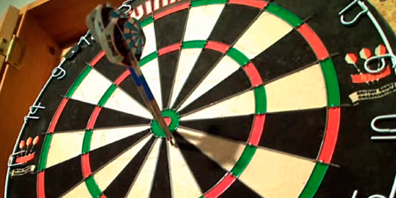 Review of Winmau 5000 Professional Dart Set