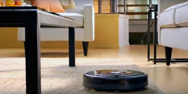 iRobot Roomba 650 Vacuum in the use