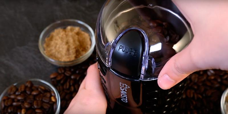 Savisto Coffee Bean Grinder in the use