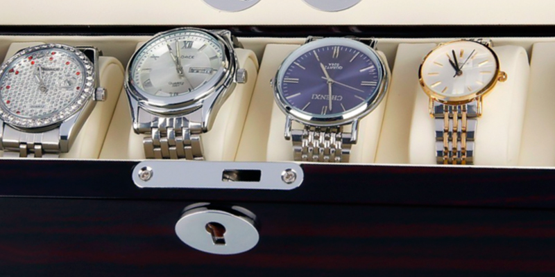 Excelvan Luxury Watch Rotator 4+6 Storage Box Case Automatic Rotation in the use