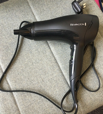 Review of Remington D3010 Power Dry Lightweight Hair Dryer