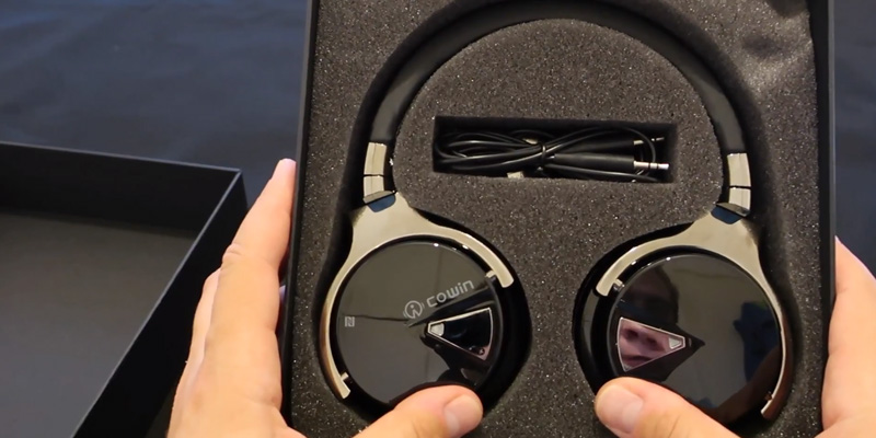 Review of COWIN E-7 Active Noise Cancelling Bluetooth Headphones