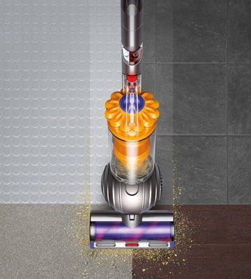 Review of Dyson Light Ball (455665) Multi Floor Bagless+ Upright Vacuum Cleaner
