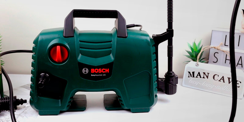 Bosch EasyAquatak Pressure Washer in the use
