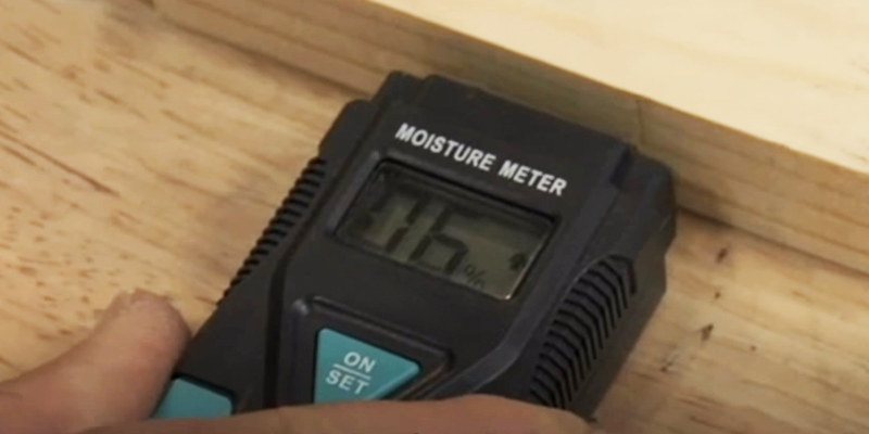 Review of Kamasa 55961 Mini Moisture Meter