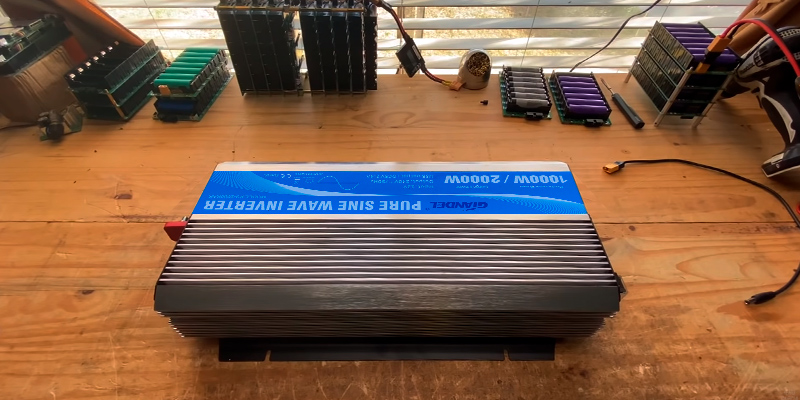 Review of Giandel 1000W Pure Sine Power Inverter