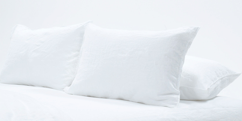 Review of KEPLIN LUXURY Duck Feather and Down Pillow