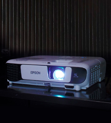 Review of Epson EB-S41 3LCD 3300 Lumens SVGA Display Projector