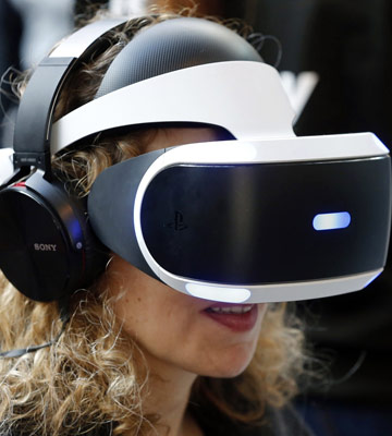 Review of Sony PlayStation VR (1) VR Headset