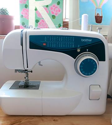 Review of Brother XL2600I 25-Stitch Free-Arm
