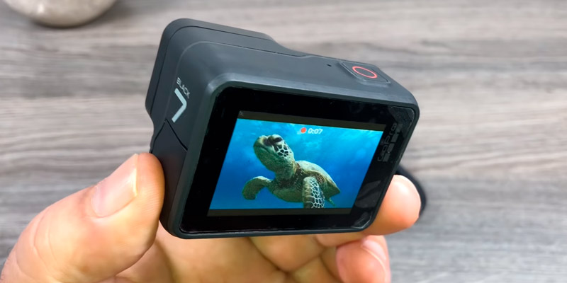 GoPro Hero7 Action Camera (4K, 12MP, Touch Screen, Waterproof) in the use