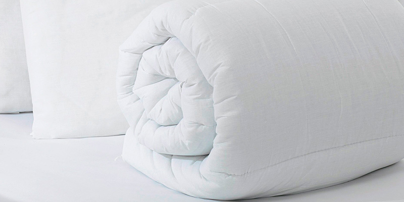Review of Silentnight 445696GE Warm and Cosy Double 13.5 Tog, White