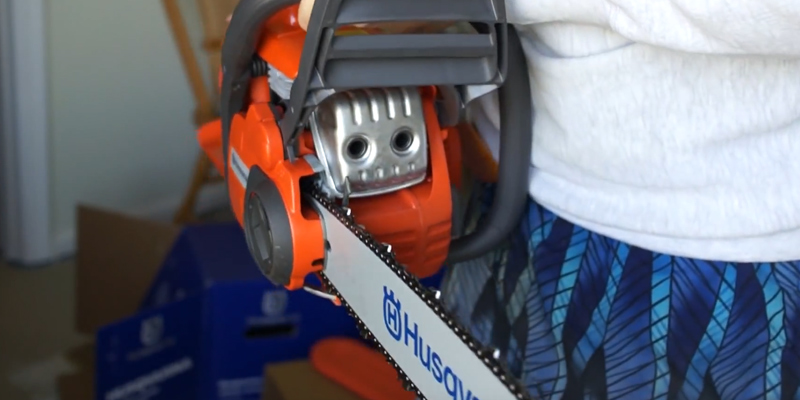 Husqvarna 135 Petrol Chainsaw 40.9 cc in the use