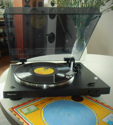 Review of Pioneer PL-30-K Fully Automatic Vinyl Turntable