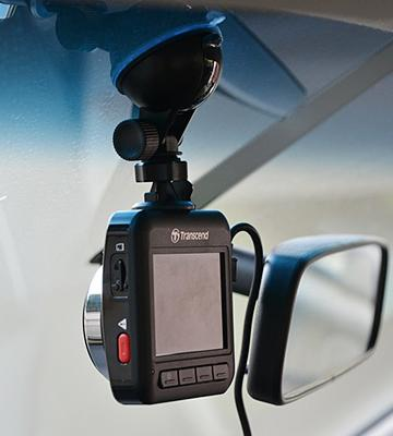 Review of Transcend DrivePro 200 Car Video Recorder with Built-In Wi-Fi