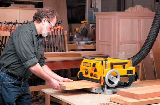 Best Planers to Achieve Great Results in Woodworking