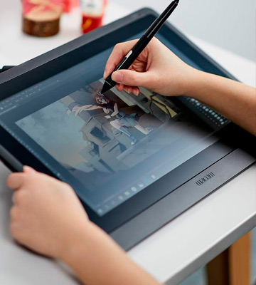 Review of Wacom Cintiq 16 Drawing Tablet