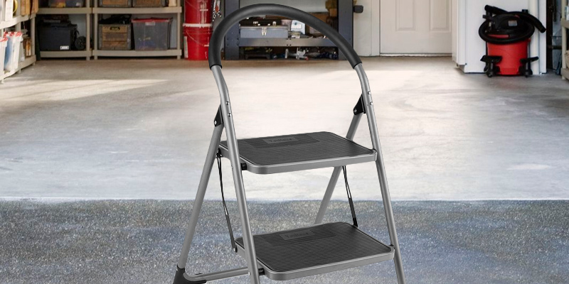 Review of VonHaus Premium 2 Step Ladder Anti Slip Feet | Easy to Store Foldable Design