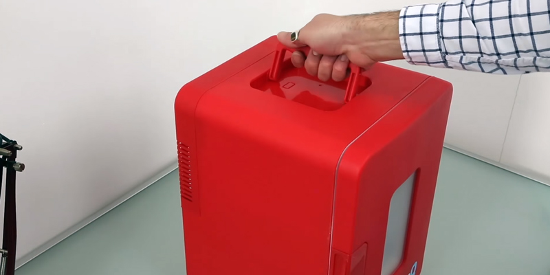 Review of IceQ ICEQ15RW 15 Litre Deluxe Portable Mini Fridge