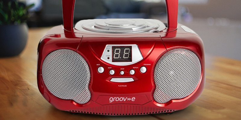 Review of Groov-e GVPS713BK Boombox Portable CD Player with Radio & Headphone Jack