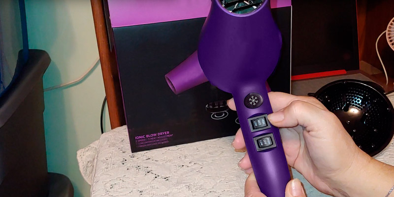 Review of JINRI JR-104D Professional Lightweight Hairdryer with Diffuser