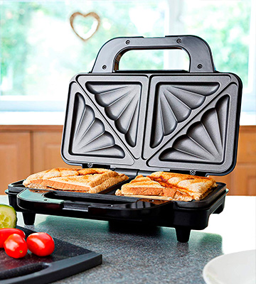 Review of Global Gourmet 900W Sandwich Toaster/Toastie Maker