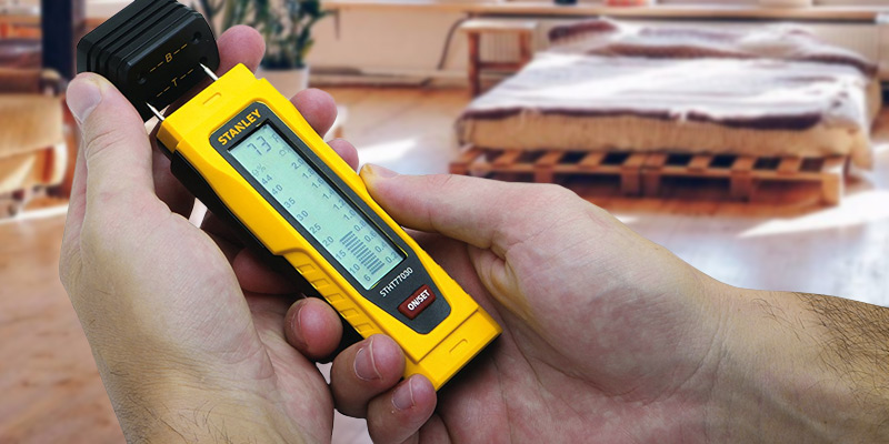 Review of Stanley 077030 Moisture Meter