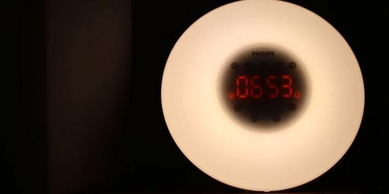 Philips HF3500/01 Wake-Up Light Alarm Clock in the use